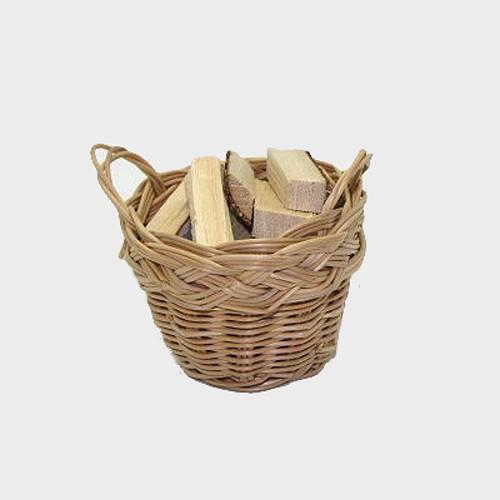 Krippenzubehör Korb mit Holzscheite