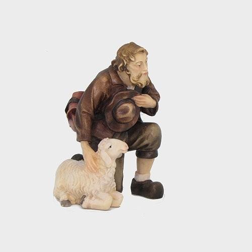 Kostner 038 Krippenfigur Hirte kniend mit Schaf